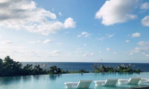 ハレクラニ沖縄のプール