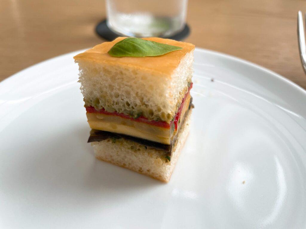 ベジタブルフォカッチャサンドイッチ